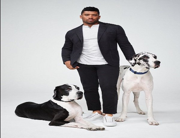 Russell Wilson Dog Lover