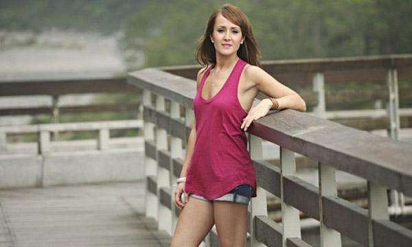 Ashley Hebert Bio, Age, Height, Weight, Early Life, Career