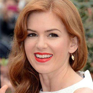 Isla Fisher Bio, Age, Height, Weight, Early Life, Career and More | Live Biography